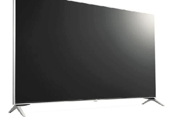 LG UJ7700 4K Smart LED TELEVISION Black Friday
